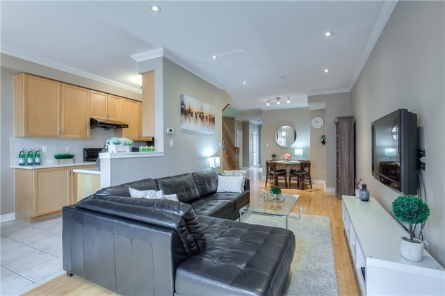 Townhouse at 8 Townwood Dr, Unit 76, Richmond Hill, Ontario. Image 17