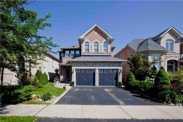 Detached at 75 Red Cardinal Tr, Richmond Hill, Ontario. Image 1