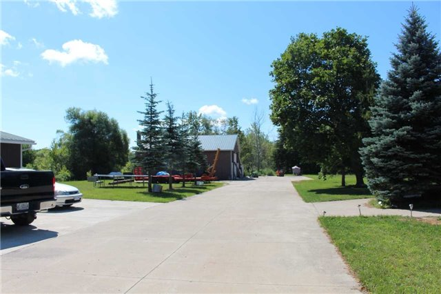Detached at 5413 County Rd 90 Rd, Essa, Ontario. Image 3