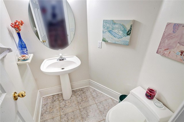Condo Townhouse at 8038 Yonge St, Unit 6, Vaughan, Ontario. Image 10