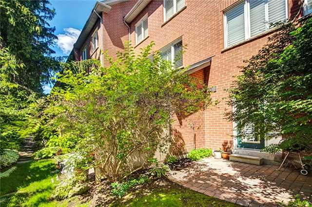 Condo Townhouse at 8038 Yonge St, Unit 6, Vaughan, Ontario. Image 13