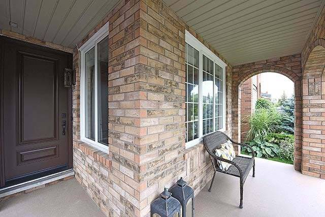 Detached at 28 Discovery Tr, Vaughan, Ontario. Image 12