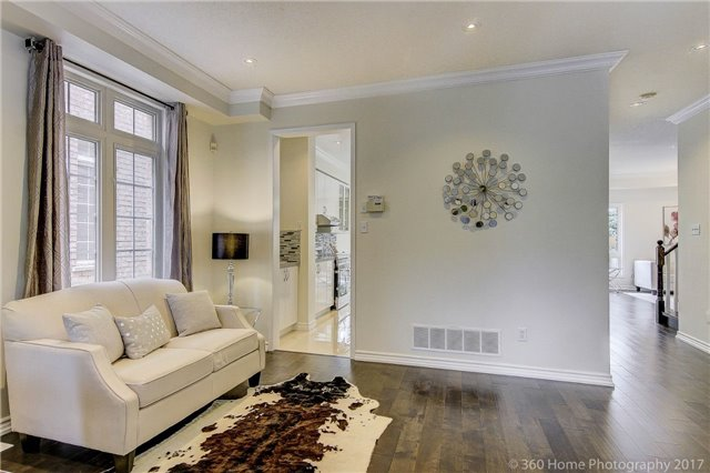 Detached at 60 Lampton Cres, Markham, Ontario. Image 17