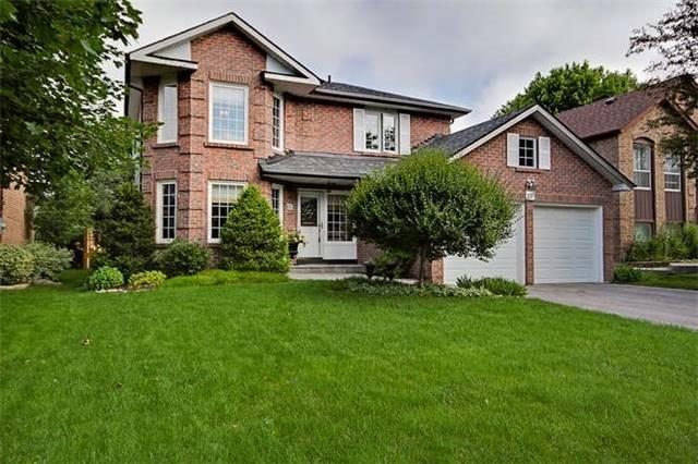 Detached at 359 Wakefield Pl, Newmarket, Ontario. Image 1