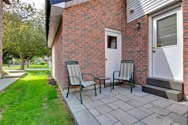 Detached at 359 Wakefield Pl, Newmarket, Ontario. Image 5