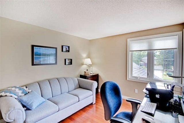 Detached at 359 Wakefield Pl, Newmarket, Ontario. Image 10