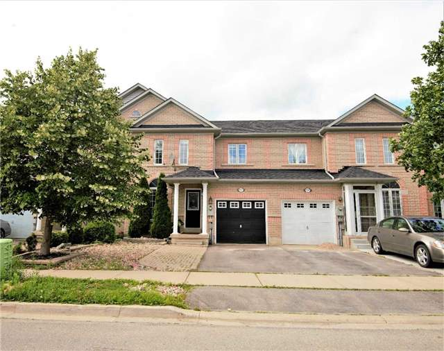 Townhouse at 135 Dolce Cres, Vaughan, Ontario. Image 1