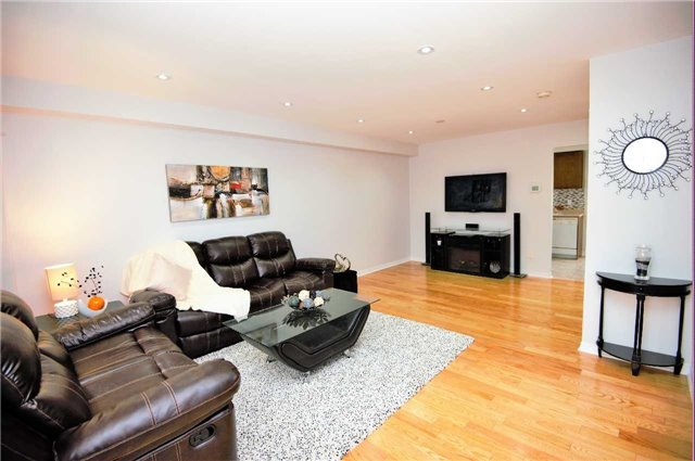 Townhouse at 135 Dolce Cres, Vaughan, Ontario. Image 17