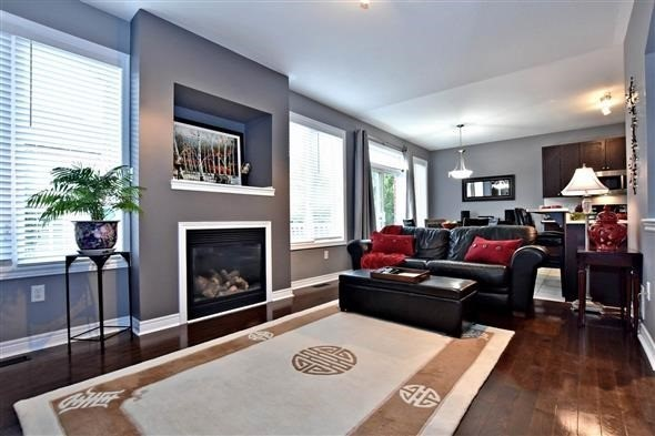 Detached at 58 Sunnyridge Ave, Whitchurch-Stouffville, Ontario. Image 17