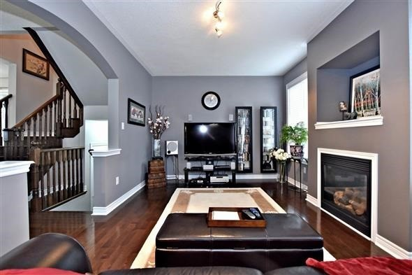 Detached at 58 Sunnyridge Ave, Whitchurch-Stouffville, Ontario. Image 18