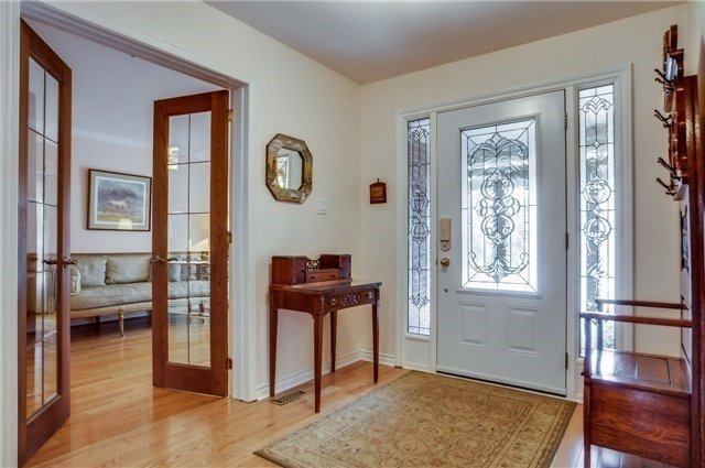 Detached at 446 Dorchester St, Newmarket, Ontario. Image 12