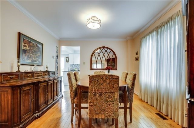 Detached at 446 Dorchester St, Newmarket, Ontario. Image 15