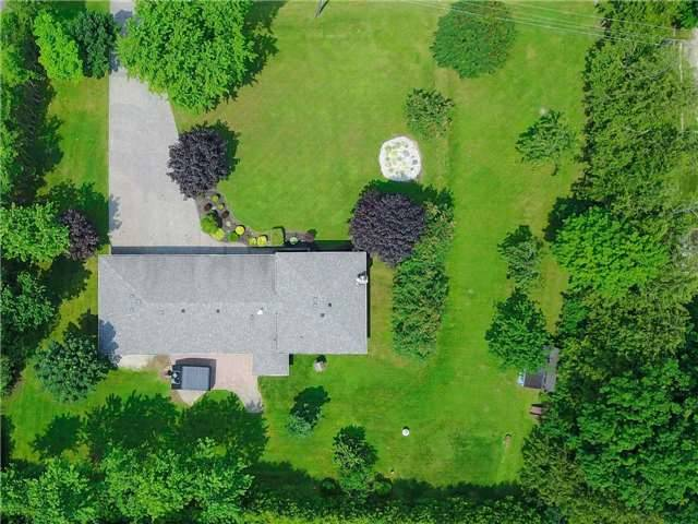 Detached at 4235 County 88 Rd W, Bradford West Gwillimbury, Ontario. Image 12