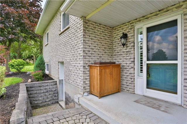 Detached at 4235 County 88 Rd W, Bradford West Gwillimbury, Ontario. Image 14