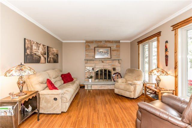 Detached at 5814 27 County Rd, Essa, Ontario. Image 12