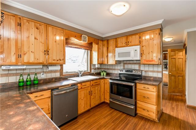 Detached at 5814 27 County Rd, Essa, Ontario. Image 14