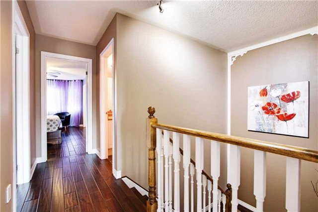 Townhouse at 42 Sequin Dr, Richmond Hill, Ontario. Image 5