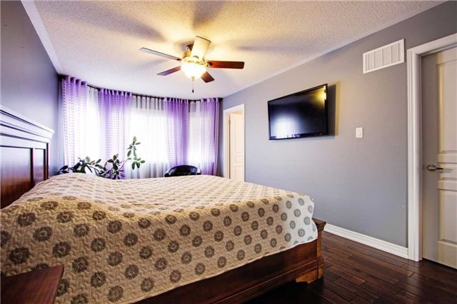 Townhouse at 42 Sequin Dr, Richmond Hill, Ontario. Image 6