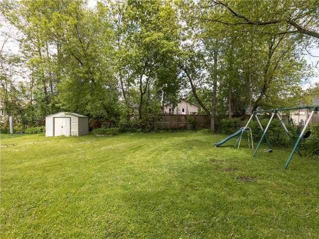 Detached at 10 Evelyn Ave, Georgina, Ontario. Image 20