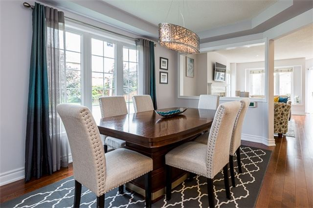 Townhouse at 90 Briarhall Cres, Markham, Ontario. Image 12