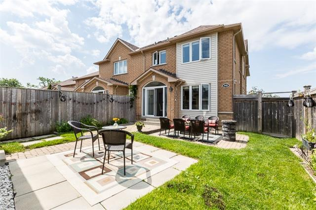Townhouse at 90 Briarhall Cres, Markham, Ontario. Image 11