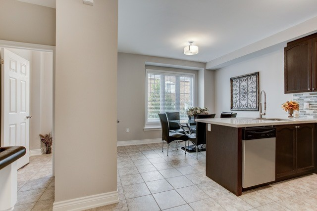 Townhouse at 151 Silverwood Ave, Unit 42, Richmond Hill, Ontario. Image 18