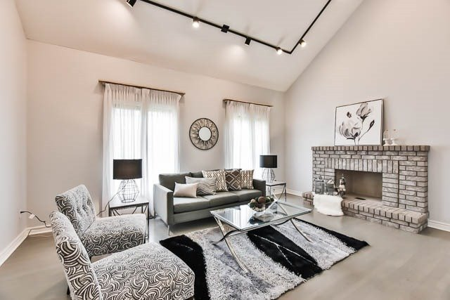 Detached at 12 Springbrook Dr, Richmond Hill, Ontario. Image 19