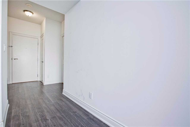 Condo Apartment at 99 South Town Centre Blvd, Unit B812, Markham, Ontario. Image 15