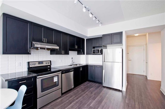 Condo Apartment at 99 South Town Centre Blvd, Unit B812, Markham, Ontario. Image 16