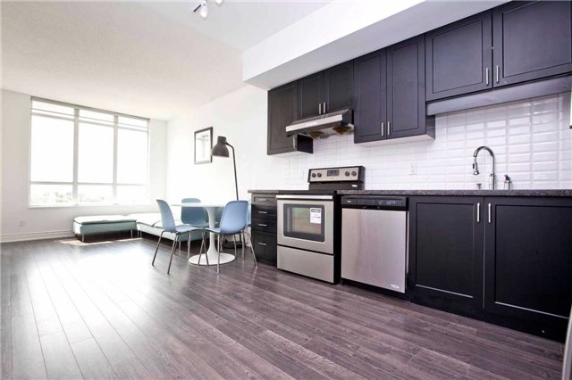 Condo Apartment at 99 South Town Centre Blvd, Unit B812, Markham, Ontario. Image 17