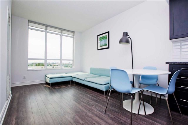 Condo Apartment at 99 South Town Centre Blvd, Unit B812, Markham, Ontario. Image 19