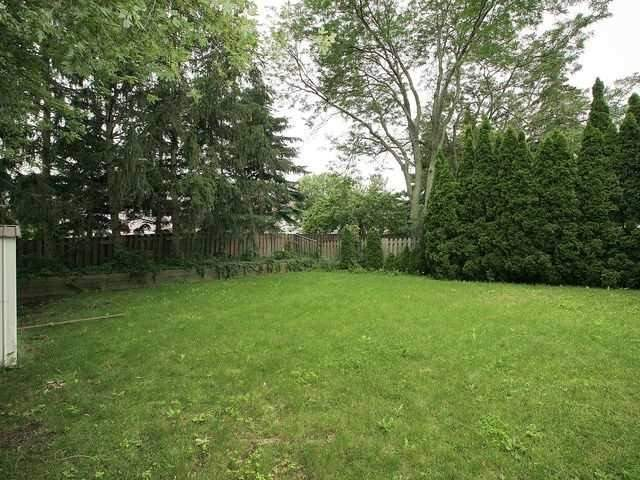 Detached at 96 Breckonwood Cres, Markham, Ontario. Image 13