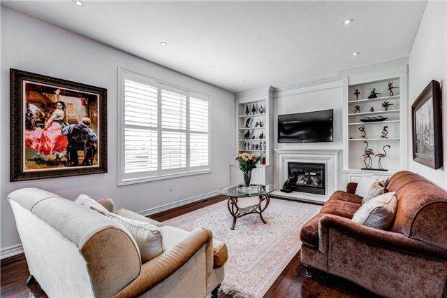 Detached at 25 Seiffer Cres, Richmond Hill, Ontario. Image 14