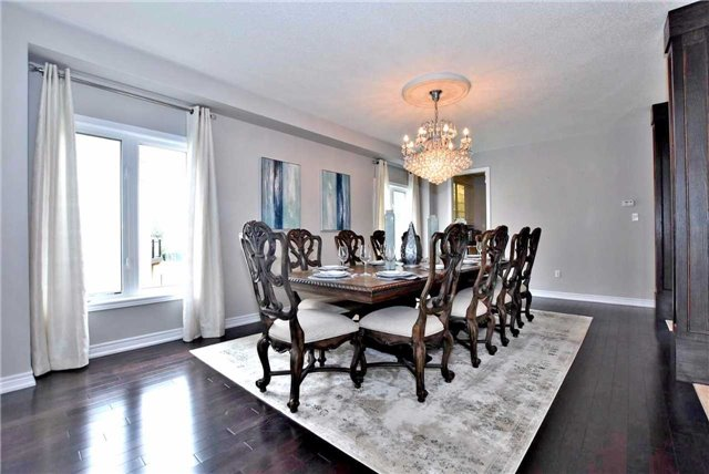 Detached at 162 Art West Ave, Newmarket, Ontario. Image 14