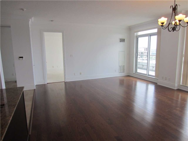 Condo Apartment at 50 Clegg Rd, Unit Lph5, Markham, Ontario. Image 5