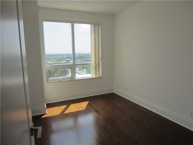 Condo Apartment at 50 Clegg Rd, Unit Lph5, Markham, Ontario. Image 11