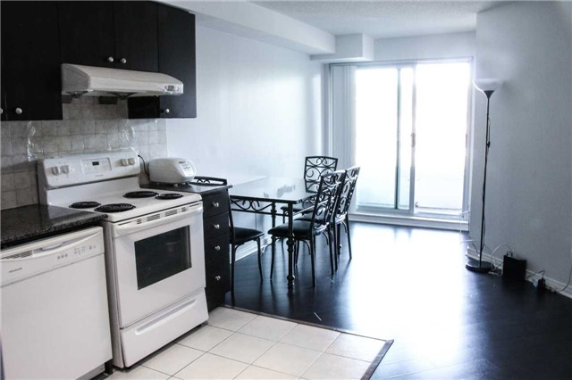 Condo Apartment at 4600 Steeles Ave, Unit 312, Markham, Ontario. Image 5