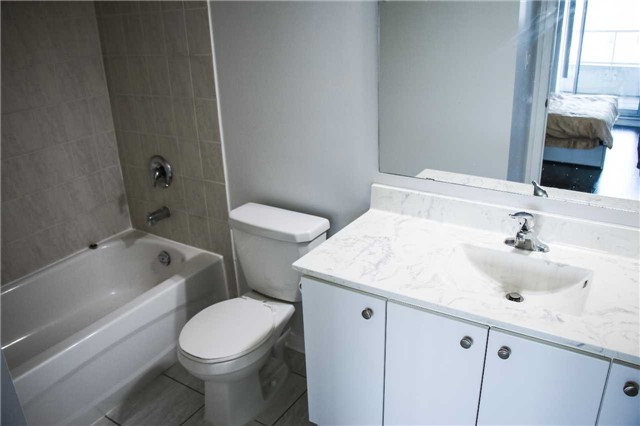 Condo Apartment at 4600 Steeles Ave, Unit 312, Markham, Ontario. Image 12