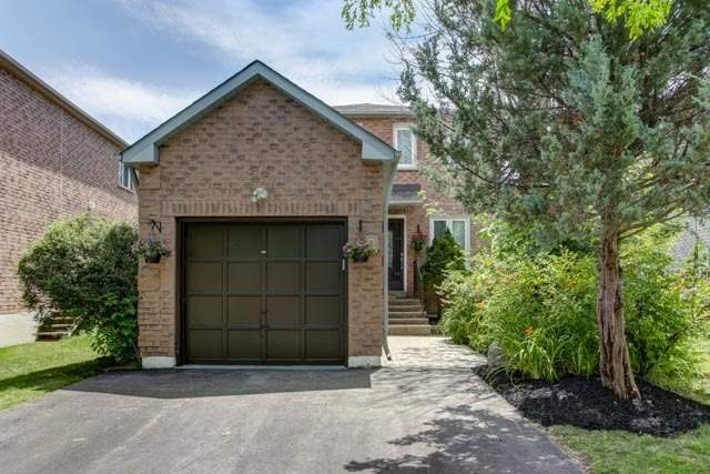 Detached at 9 Cedarhurst Dr, Richmond Hill, Ontario. Image 1