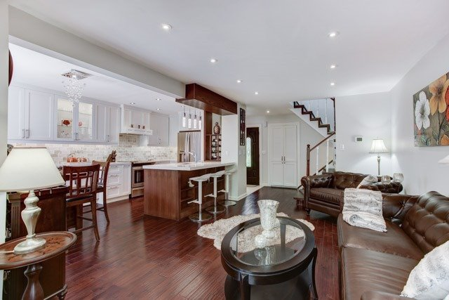 Detached at 9 Cedarhurst Dr, Richmond Hill, Ontario. Image 16