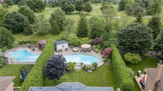 Detached at 377 Amberlee Crt, Newmarket, Ontario. Image 10