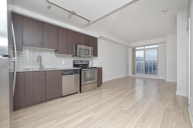 Condo Apartment at 370 Highway 7 Ave E, Unit 1026, Richmond Hill, Ontario. Image 11
