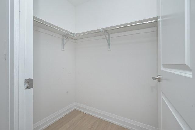 Condo Apartment at 370 Highway 7 Ave E, Unit 1026, Richmond Hill, Ontario. Image 16