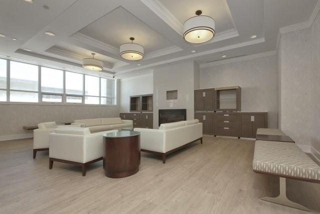 Condo Apartment at 370 Highway 7 Ave E, Unit 1026, Richmond Hill, Ontario. Image 5