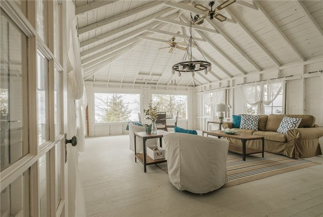 Detached at 422/424 Big Bay Point Rd, Innisfil, Ontario. Image 8