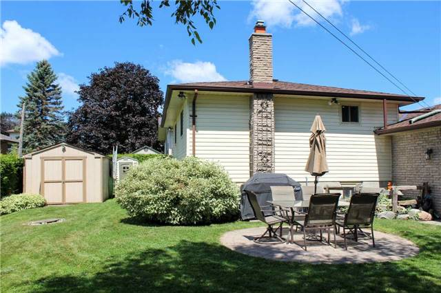 Detached at 4 Waddell St, Brock, Ontario. Image 10