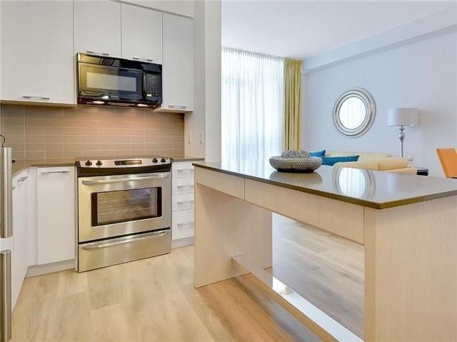 Condo Apartment at 9471 Yonge St, Unit 213, Richmond Hill, Ontario. Image 19