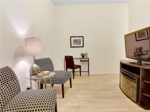 Condo Apartment at 9471 Yonge St, Unit 213, Richmond Hill, Ontario. Image 20
