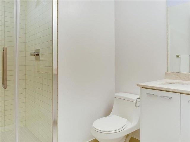 Condo Apartment at 9471 Yonge St, Unit 213, Richmond Hill, Ontario. Image 5