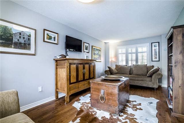 Detached at 2270 Taylorwoods Blvd, Innisfil, Ontario. Image 10